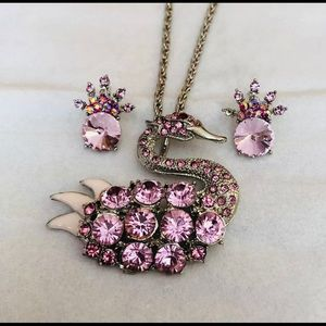 Pink Rhinestone necklace and earrings 2pc Swan Set